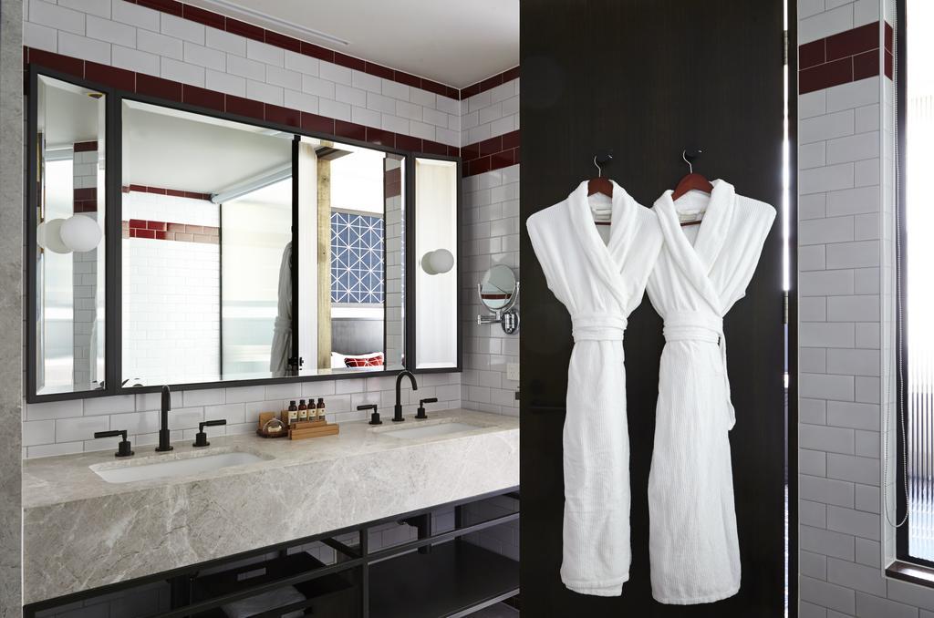 Primus Hotel - Bathroom